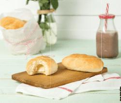 Milchbrötchen mit Vanille-Schokoladen-Kern