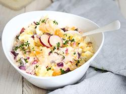 Eiersalat mit Joghurt-Mayonnaise-Dressing