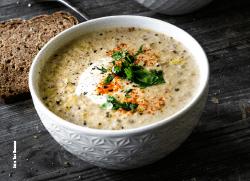 Käse-Porree-Suppe mit Hackfleisch